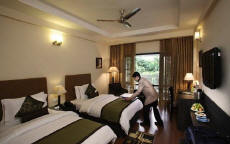 country inns & suites mussoorie